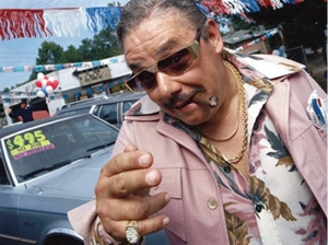 dodgy_car_dealer-0530-mc-819x819